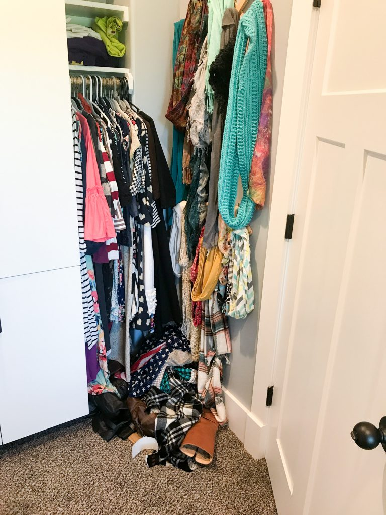 Closet declutter brings happiness 4