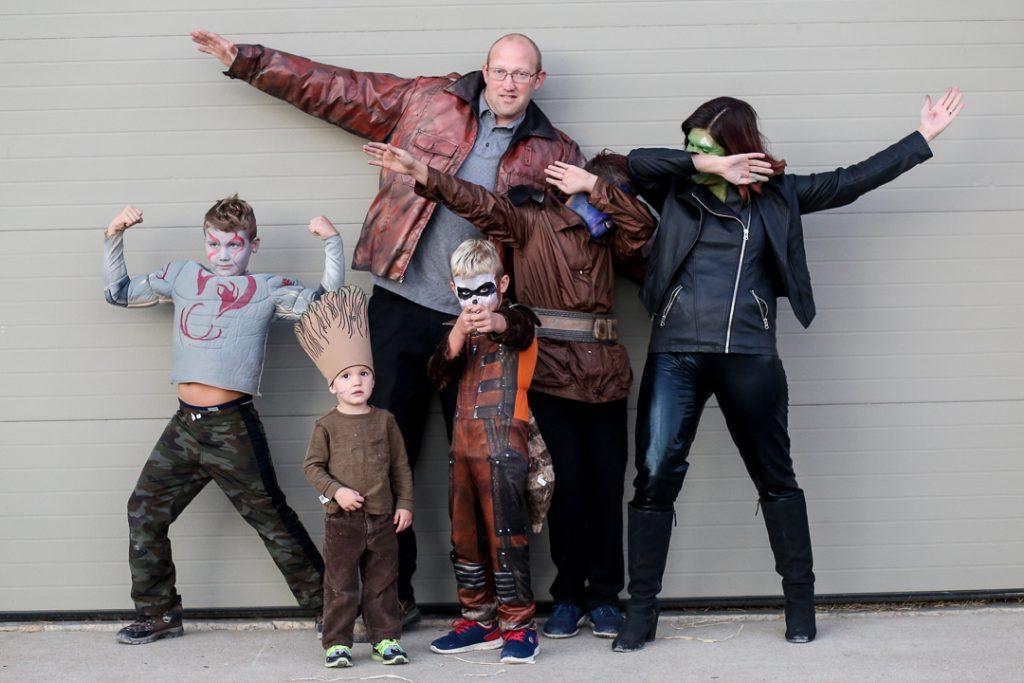 Family costume 13