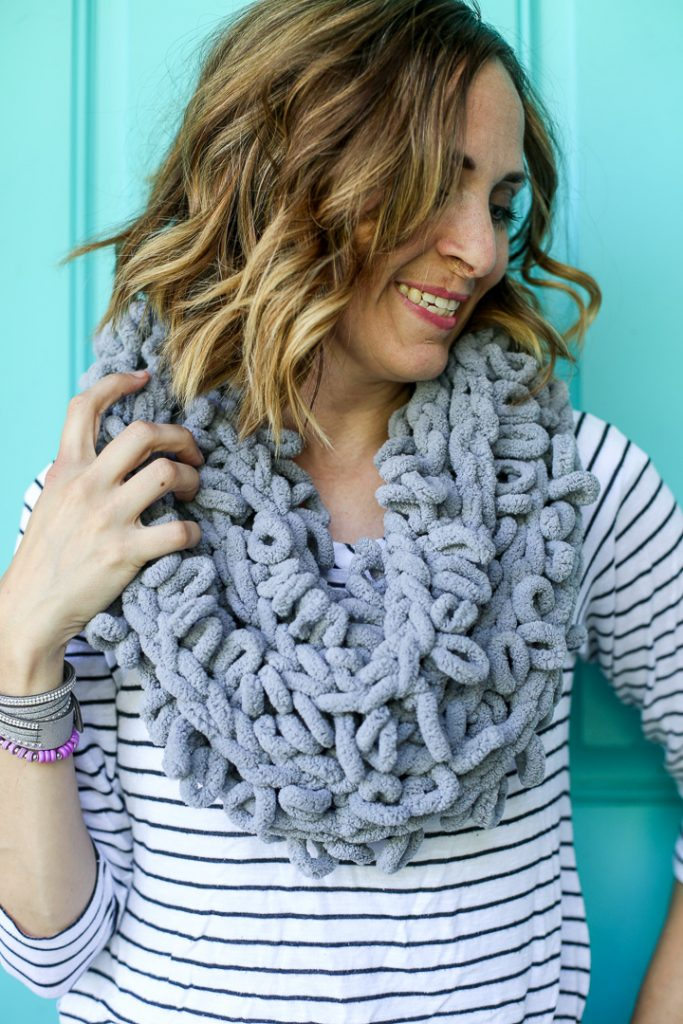Finger looping infinity scarf how to idea 5