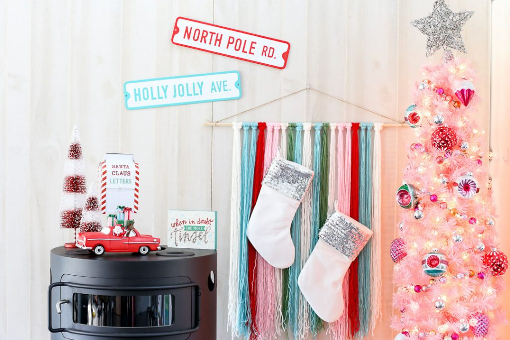 Pink christmas Tree Decor idea by Mandy Beyeler