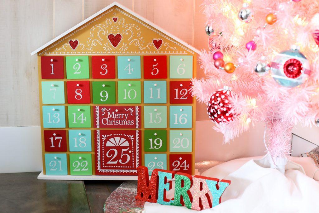 Pink christmas tree decor idea 9