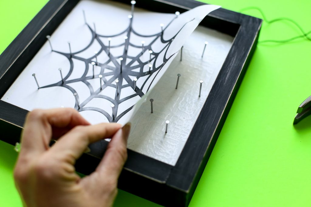 Spiderweb string art halloween craft idea 33
