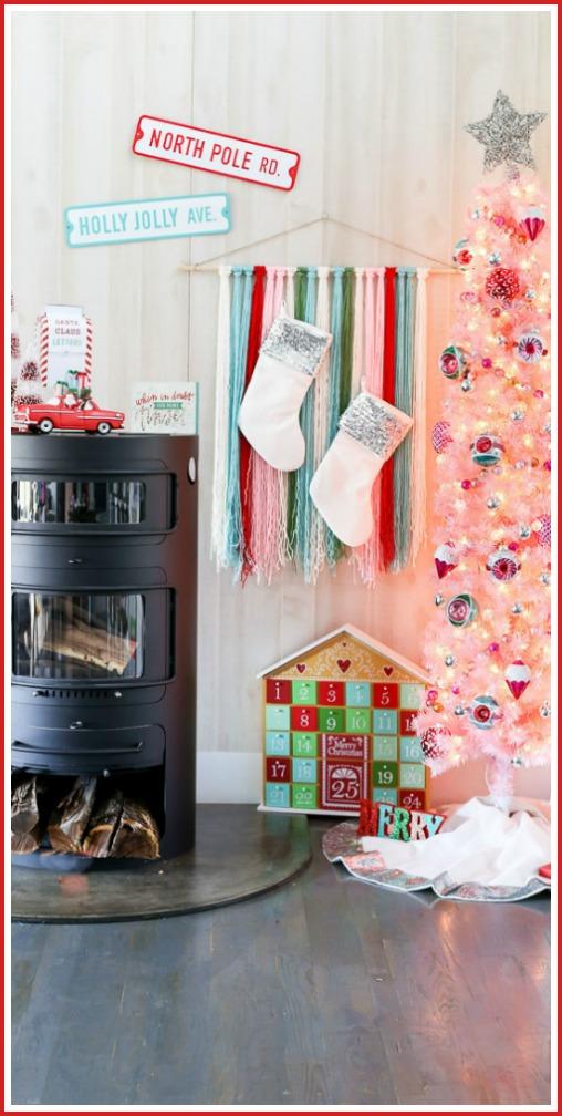 Vintage pink christmas tree decor idea