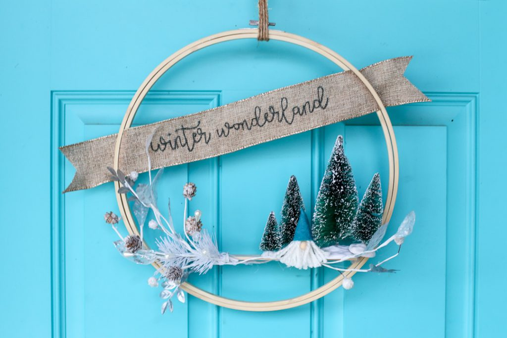 Gnome winter hoop wreath 1