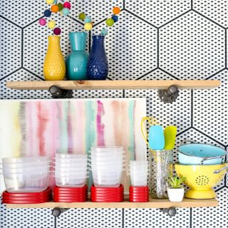 Container Dreams Come True with Rubbermaid Easy Find Lids™