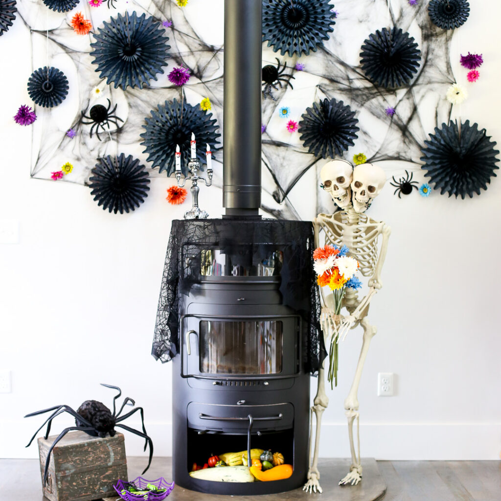 Halloween Mantel Decor Idea