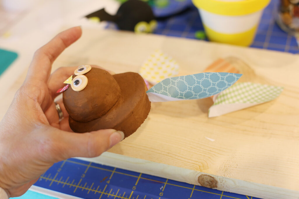 Assembling foam turkey