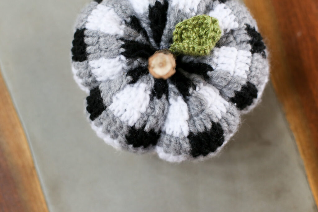 Buffalo plaid crochet pumpkin 5