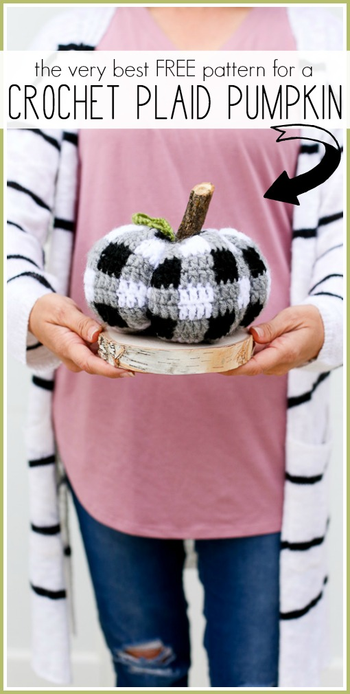 Free crochet plaid pumpkin pattern