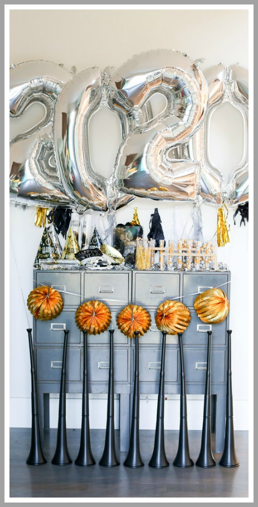 New years party idea candy silver gold