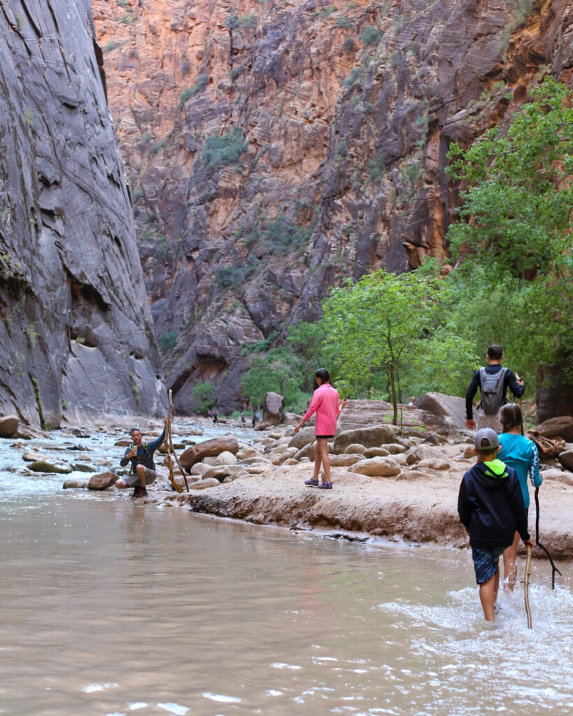 The narrows zion family hike 14