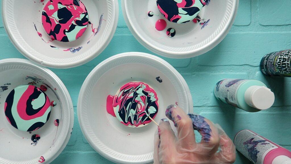 Paint pour coasters 4
