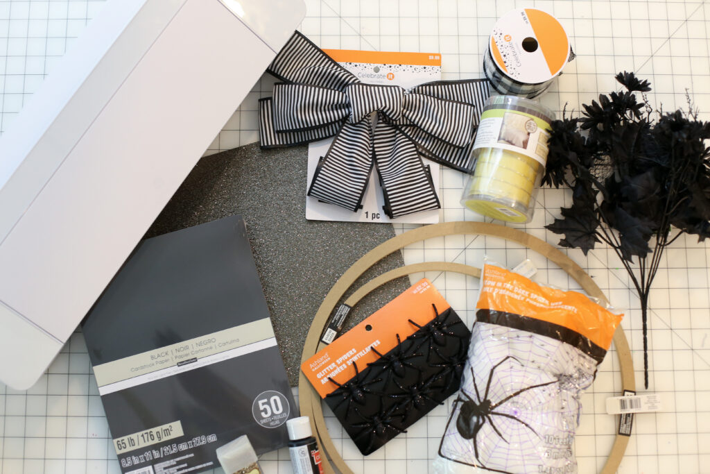 Bat wreath diy idea 1