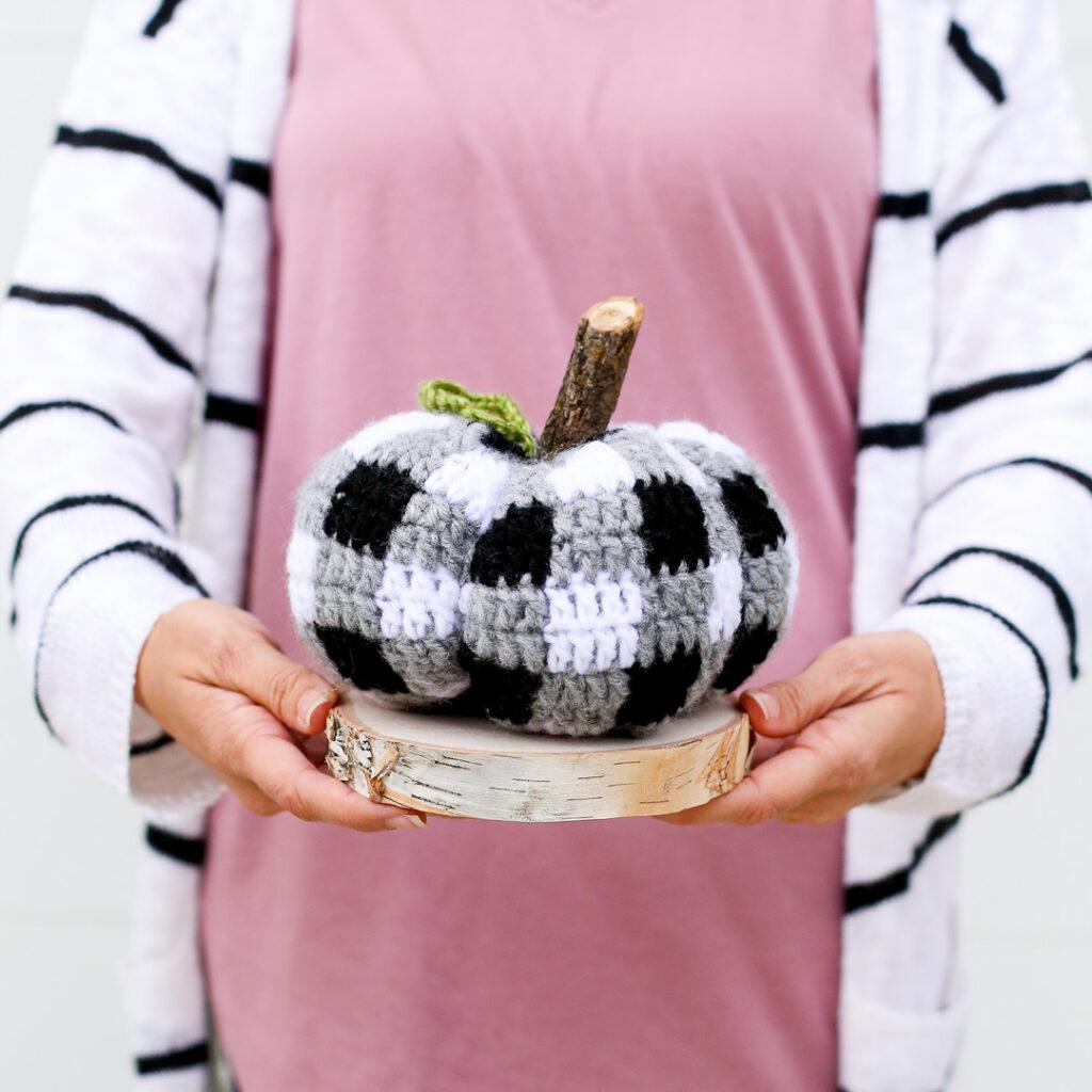 Buffalo plaid crochet pumpkin 2