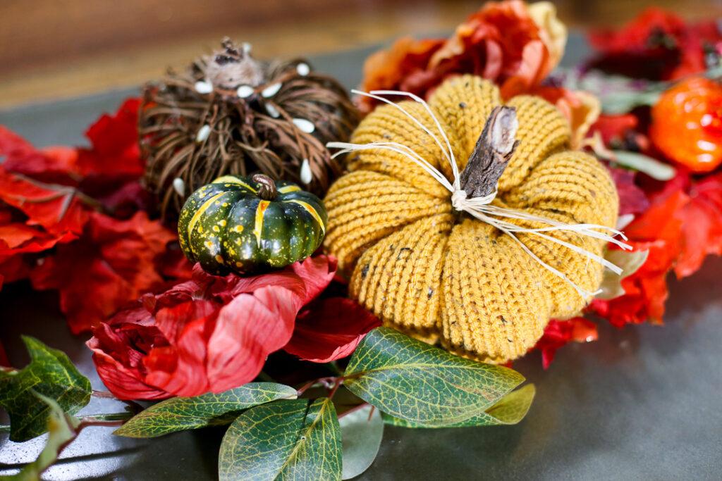knit pumpkin fall craft idea 9